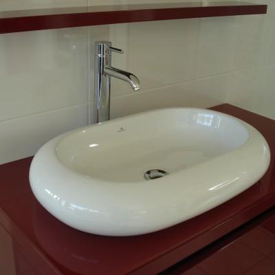 Meuble et lavabo marque PORCELANOSA
